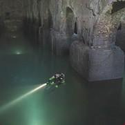 Speleosub di Roma Sotterranea durante l'ispezione.